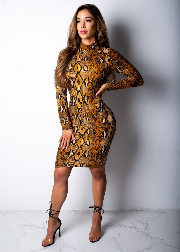 ML21530 Sexy Women O-neck Long Sleeve Leopard Print Bodycon Skater Dress