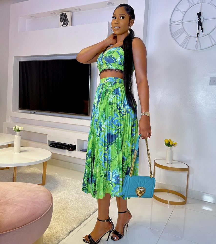 ML23139 Sexy Women Floral Print Elegant Two Pieces Summer Dress Top+Skirt